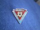 PIN´S EMF(FOOTBALL) SAINT PIERRE  Ile De La REUNION - Voetbal