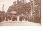 25247 Militaria Guerre 1914 14-18 Victoire - American Legion -LH Paris - Hotel De Ville -femme Infirmiere ? - Guerre 1914-18
