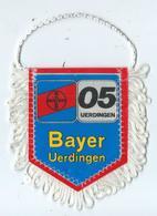 Fanion Football Bayer Uerdingen - Habillement, Souvenirs & Autres
