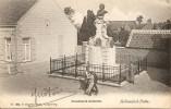 PUTTE (Hollandsch) - Mooi zicht op het Standbeeld Jordaens met enkele voorbijgangers - Uitg. Hoelen 1687 - 1906 - rare
