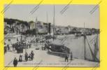 CPA TROUVILLE Sur MER Le Quai Joinville  ( Bateaux Vapeur )  TBE - Trouville