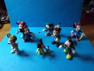 LOT       DE       PERSONNAGES      MICKEY    DAISY    ECT........ - Disney