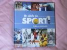 Livre La Poste UN SIECLE DE SPORT 26.5 X 24 Cm 558 Grammes 68 Pages Préface D Douillet (timbres Non Fournis) Boxe Ski... - Sport