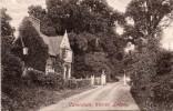 CAVERSHAM , Warren Lodge - Angleterre