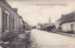 PARENNES ( Sarthe ) Arrivée Par La Route De Chémire Circulée Timbrée 1915 RARE - Autres Communes