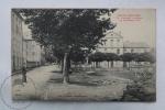 Old France Postcard - Bourg Madame - Le Groupe Scolaire De La Route D´Ur - Animé - Francia