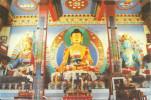 Les 3 Statues à L'intérieur Du Temple De Kagyu Ling - La Boulaye - Bouddhisme