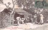 """02893 """"28 ANNAM - TOURANE - MARCHANDS ANNAMITES - ROUTE DE CAM-LE'"""" INDOCINA FRANCESE. ANIMATA.  CART.  SPED. 1908 - Vietnam"""
