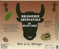 30 BEAUCAIRE ETIQUETTE BIERE BRASSERIE ARTISANALE BIERE A LA CHATAIGNE TAUREAU PUBLICITE - Beer