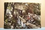 LA ROQUEBRUSSANNE ---Les Neuf Fonts - Le Lavoir - ( Lavandière  )  - ( Pas De Reflet Sur L´original ) - La Roquebrussanne