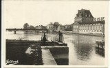 JARNAC , Vue Pruse De L' Ecluse Sur Le Pont Et Des Distilleries COURVOISIER , 1949 - Jarnac