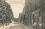 93 Neuilly Plaisance Rue De Beauté Et Place Du Marché - Neuilly Plaisance