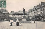 NANTES  -  La Cours De La Republique Et La Statue De Cambronne - Nantes