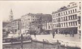 Italy Unused Postcard Venezia 74 Riva Degli Schiavoni - Postcards