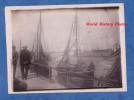 Photo ancienne d�but 1900 - HONFLEUR ( Calvados ) - Bateau de P�che au Port - Phare - TOP Clich�