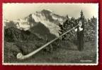 MBK-15  Joueur De Cor Des Alpes Devant La Jungfrau, Alphornbläser, En Costume D'armailli Suisse. Circulé - Europe