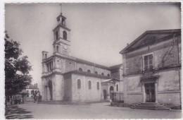 Brazey-en-Plaine - L'église Et La Place - France