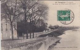 24----BERGERAC---les Rives De La Dordogne  (côté Amont )---voir 2 Scans - Bergerac