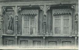 N°45686 -cpa Thiers -la Maison De L'homme Des Bois- - Thiers