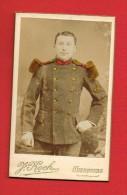 Photo CDV Sur Carton - CHERBOURG ( Manche ) Photographe J. KOCH Rue Haute De Tocqueville... Militaire ... - Personnes Anonymes