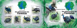 Mozambico 2011, Year of the forest, cassowary, 6val in BF +BF