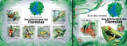 Mozambico 2011, Year of the forest, frogs, 6val in BF +BF