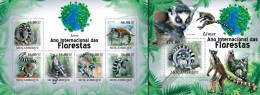 Mozambico 2011, Year of the forest, lemurs, 6val in BF +BF