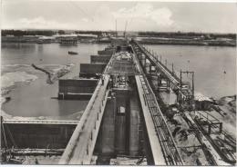Monticelli d'Ongina (Piacenza): Costruenda stazione elettrica sul Po - Viaggiata 1960