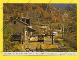 CPM 06 CHEMIN DE FER DE PROVENCE  Autorail SY Et TRAIN De Travaux En GARE De Villars Su Var - Stations - Met Treinen