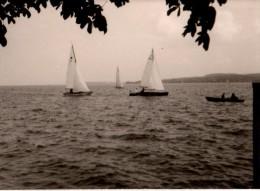 Photo Originale Bateau - Petits voiliers sur un Lac -
