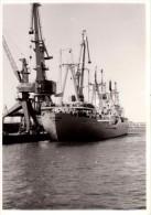 Photo Originale Bateau - Cargo à Quai, Vue De Face - Betrytarec