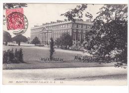 25511 LONDON - Hampton Court Palace NE -510 LL - London