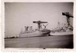 Photo Originale Bateau - Paquebot � identifier le 26 mai 1949 - A quai - Grues -