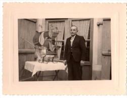 Photo Originale Bateau - Belle Maquette et son cr�ateur - Sculture en Aluminium de Caravelle, Navire, La Santa Maria