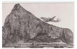 GIBLALTAR -- LE ROCHER VU DEPUIS L4AEROPORT -- - Gibraltar