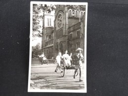 """CAMBODGE  - Carte Photo """" Place Pigneaude Behaine Et La Cathédrale """" - Lot N° 10089 - Cambodge"""