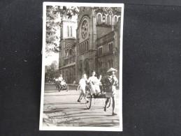 """CAMBODGE  - Carte Photo """" Place Pigneaude Behaine Et La Cathédrale """" - Lot N° 10089"""