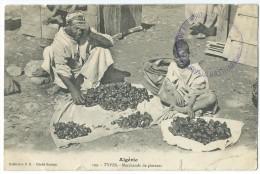AFRIQUE - ALGERIE - (199) - TYPES - Marchands De Piments - CPA - Professions