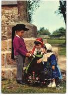 Enfants En Costume De La Région De PLOUGASTEL-DAOULAS - écrite Non Timbrée 2 Scans - Plougastel-Daoulas