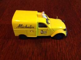 Deux CV Norev 2003 Michelin - Auto's, Vrachtwagens, Bussen