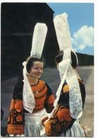 Costume De Bretagne - Le Costume Bigouden - Non écrite 2 Scans - Non Classés