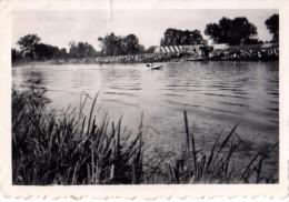 Photo Originale de Morannes - Course de bateaux sur La Sarthe en ao�t 1952 - Public - Speed Boat -
