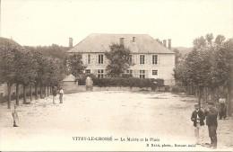 10- AUBE  VITRY-LE-CROISE La Mairie Et La Place  Réf N°10 - Frankreich