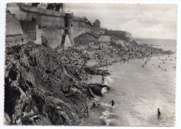 SAINT MALO--La Plage (animée) ,cpsm 15 X 10 N° ??? éd Jack---pas Très Courante - Saint Malo