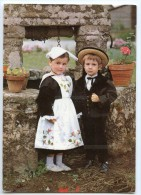 Auprès Du Vieux Puits Petits Enfants En Costume Du Morbihan Région De Vannes - écrite Pour Jeu-concours 2 Scans - Vannes
