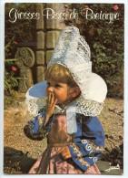 Folklore De Bretagne - Fillette En Costume De FOUESNANT - écrite Non Timbrée - 2 Scans - France