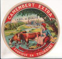 37 Etiquette De Fromage   Laiterie Cooperative D´orbigny - Autres Collections