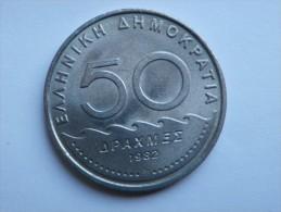 GRECE   50 DRACHMES 1982  KM 134 - Grèce