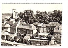 EN AVION AU DESSUS DE...BOURMONT - L'EGLISE NOTRE-DAME ET LA PLACE DE LA MAIRIE - Bourmont