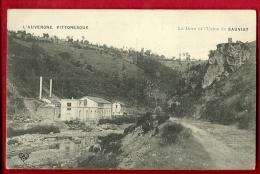 MBL-08  Auvergne Pittoresque, La Dore Et L'Usine Du Sauviat  Non Circulé - Otros Municipios